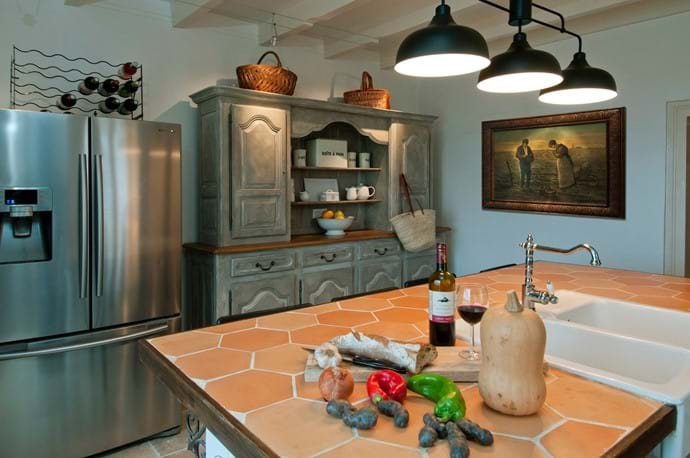 Kitchen American refrigerator Maison La Busaneth Lot-et-Garonne