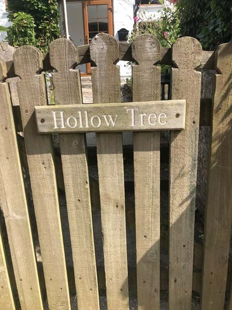 Hollowtree cottage pedestrian wooden gate