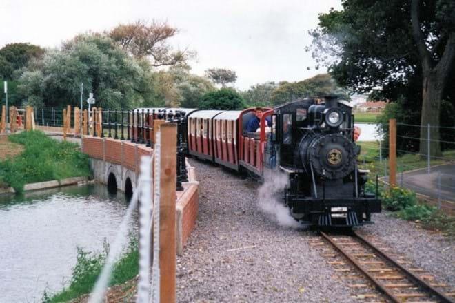 mini steam train from Cleethorpes boating lake to Fantasy Island