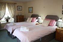 Corner House - Bedroom 2