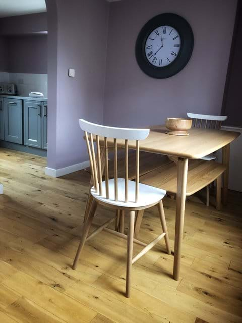 Dining area open plan to kitchen