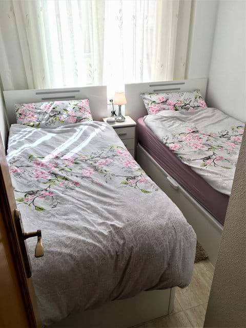 Holiday apartment, second bedroom, premium beds