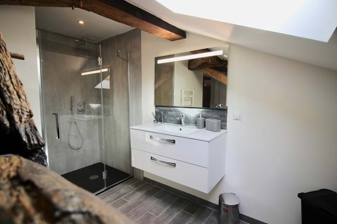 Master Ensuite - large rainfall shower and vanity basin unit