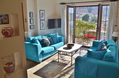 Spacious 2 bedroom duplex apartment on the Mediterranean Complex