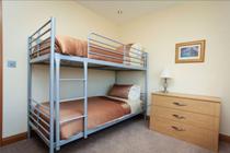 Bedroom 2 (bunk beds)