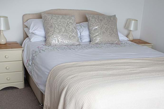 Double room with sea views, first floor