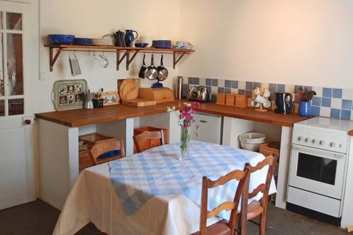 Volets Bleus kitchen