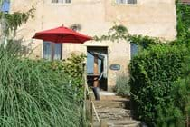 La Cardabelle, with steps down to garden and pool