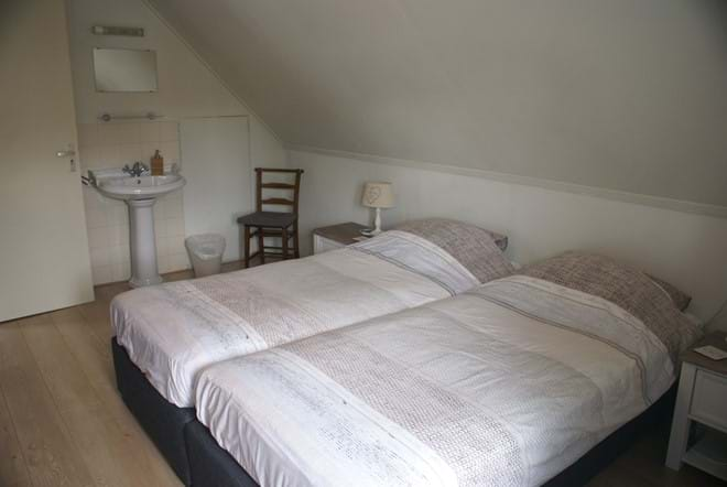 One of the four twin bedrooms upstairs (1 double bedroom downstairs)