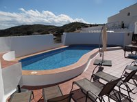 Casa Las Palomas 4 Bedroom House Terrace and Swimming Pool Area.