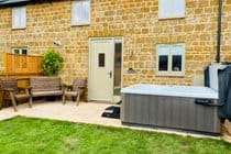 Hot Tub at The Cow Byre