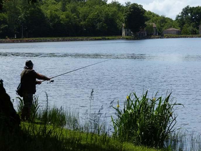 Fishing at Lake Saint-Estephe