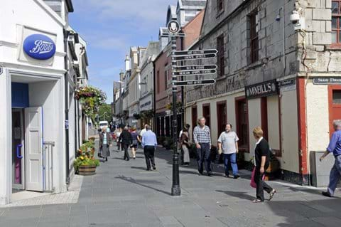Stornoway Town Centre with a selection of bars, restaurants and shops.