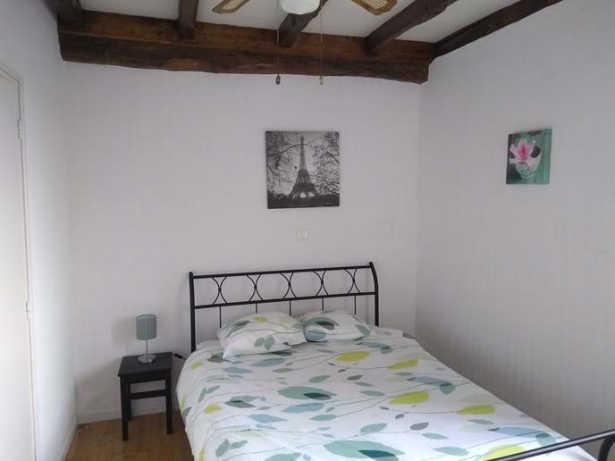 La Grappe upper bedroom