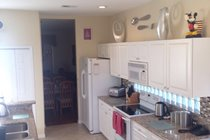 fully fitted kitchen with everything you