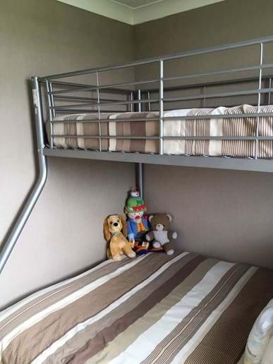 Bedroom 2 : Triple bunk bed
