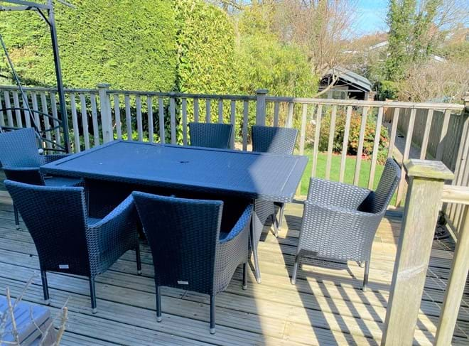Deck dining with gas BBQ