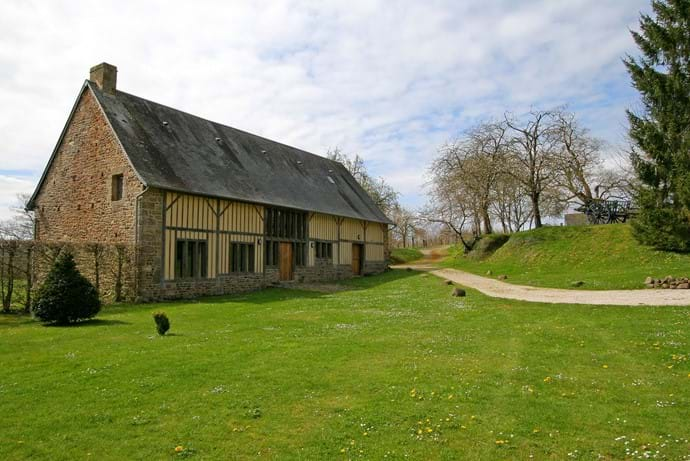 The Barn at Boudet, Normandy, France - a luxurious 8 bedroom holiday home in the heart of the countryside - showing the drive