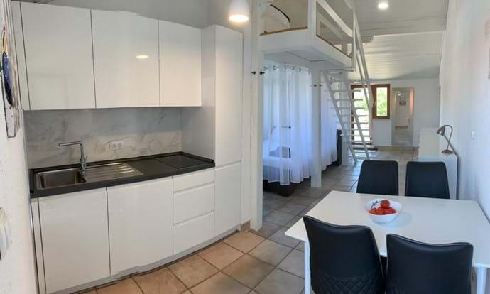 Brand new kitchen, open plan living