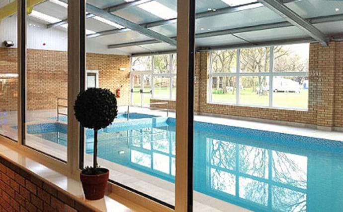 Goosewood Holiday Park swimming pool