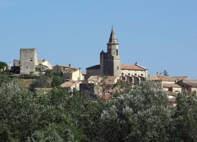 Mallemort, the closest village to Pont Royal.