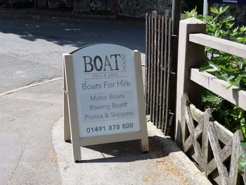 Boats for Hire in Goring
