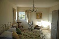 The Sunny Upstairs en-suite Bedroom