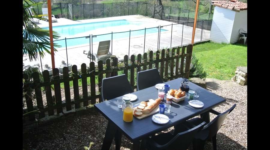La Violette large terrace, with pool view