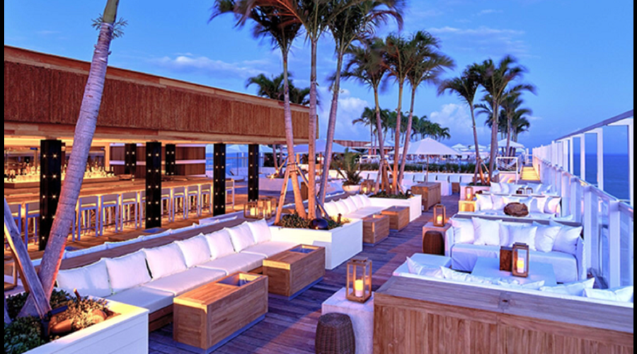 """""""Amazing rooftop pool views of the ocean and city great bar food full service"""""""