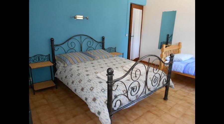 La Petite Tuilerie - Bedroom