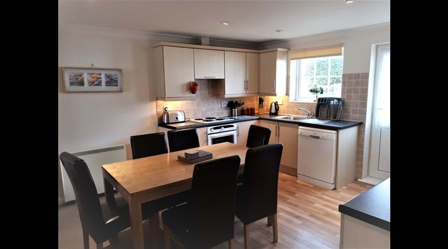 Open Plan Kitchen/Dining Cottage AG35