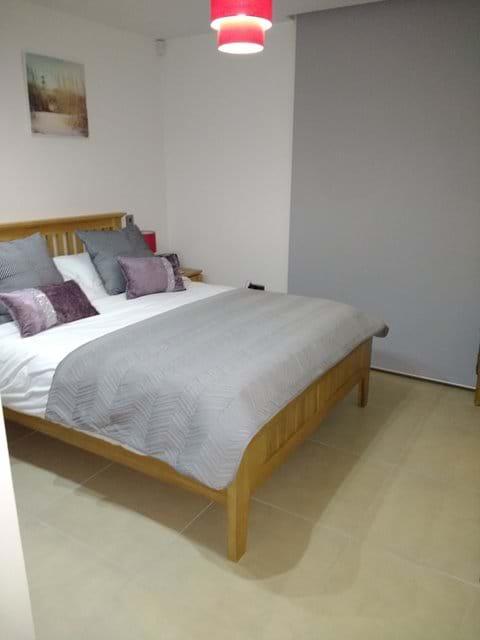 Master bedroom (Image 1)