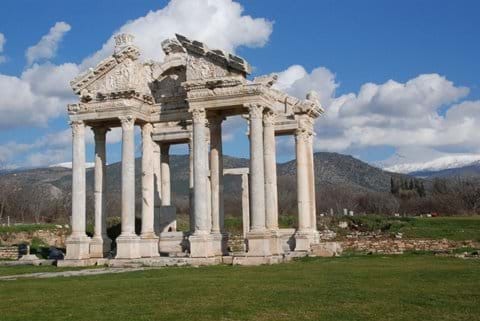 Aphrodisias : 1 hour drive from Selcuk