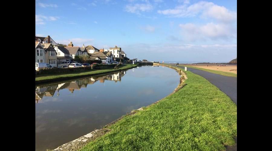 Bude canal walk to Summerleaze beach