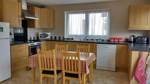 Fully Fitted & Equipped Kitchen