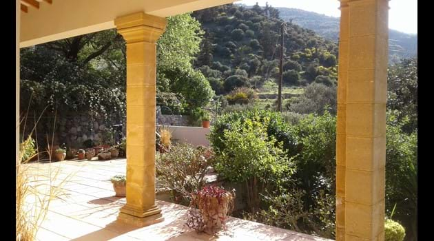 Front terrace with views of the mountainside