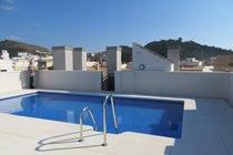 Communal rooftop pool