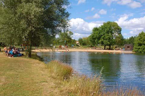 Lake swimming at Sainte Gemme