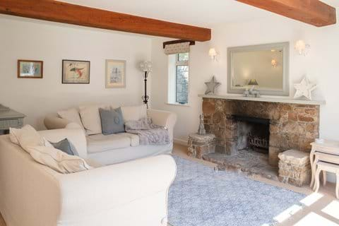 Cosy & comfortable living rooms