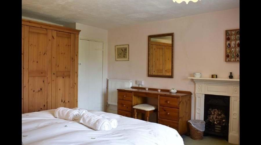 Corner House - Main Bedroom