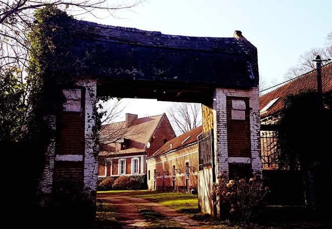 Entrance to Ferme de Reffy