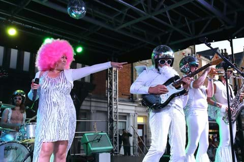 Miss Disco band in action