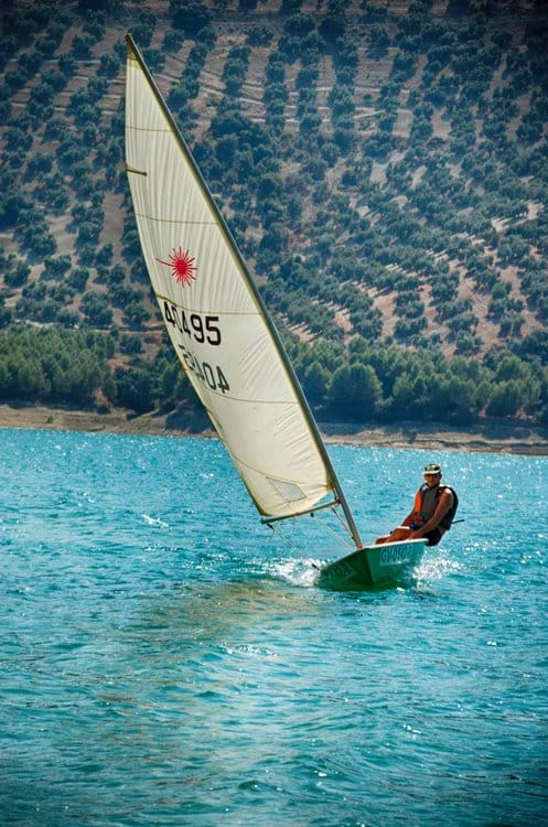 Sailing on Iznajar Lake