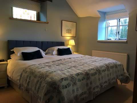 Mill Cottage bedroom with super kingsize bed