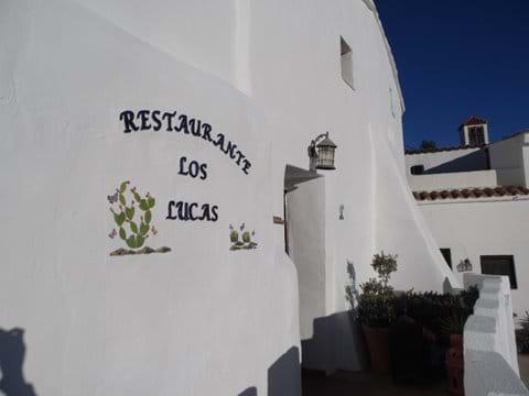 Entrance to Restaurante Los Lucas.