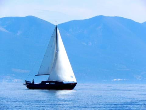 Sailing on Flathead lake