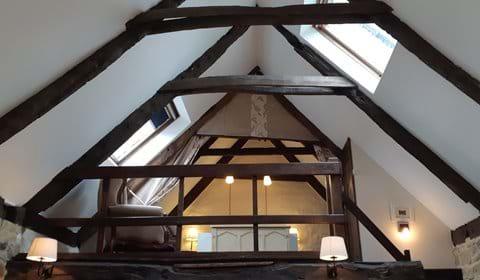 Main mezzanine double bedroom