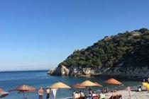 Tasdibi beach: for pebble-beach lovers!