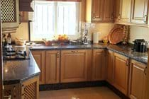 quality kitchen units and granite worktops