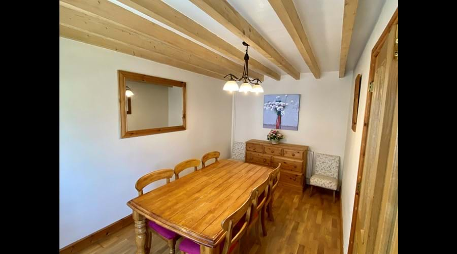 Trysor Holiday Cottage Dining Room